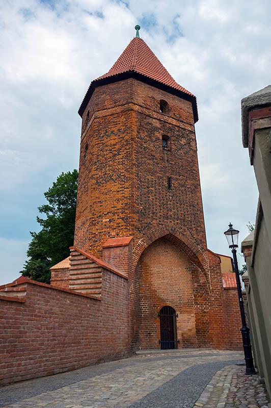 Latarnia przy wieży zamku