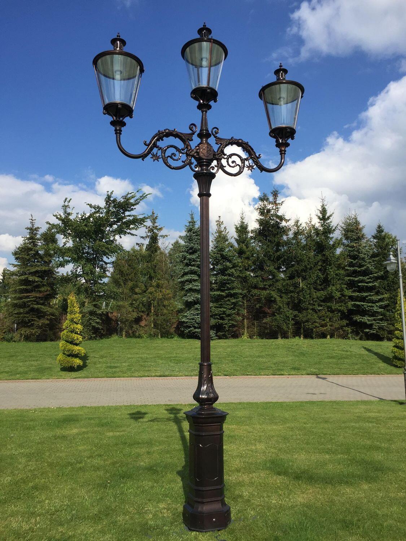 Urban lamppost / traditional / cast aluminum / LED